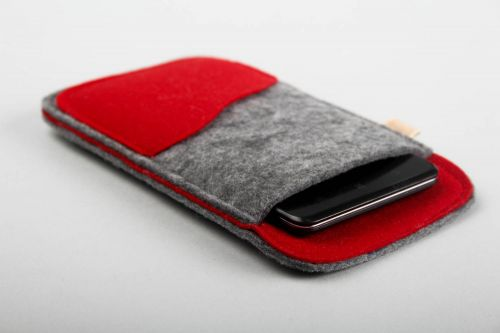 Woolen phone case handmade designer phone case gadget accessories felt ideas - MADEheart.com