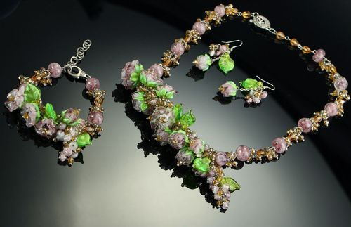 Jewelry set: necklace, bracelet, earrings, lampwork - MADEheart.com