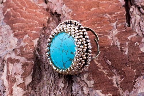 Handmade round jewelry ring with turquoise and Czech beads on leather basis - MADEheart.com