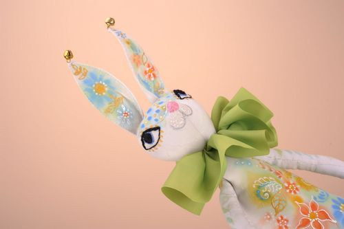 Soft toy Easter rabbit - MADEheart.com
