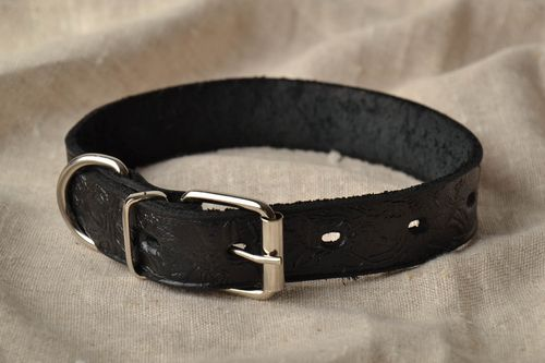 Black leather collar with stamping - MADEheart.com