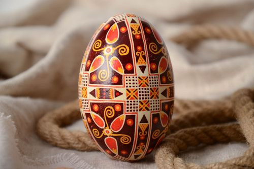 Handmade traditional decorative painted goose Easter egg pysanka ethnic souvenir - MADEheart.com