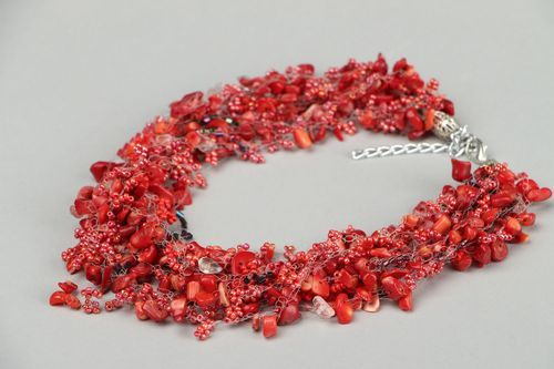 Necklace made of beads and coral - MADEheart.com