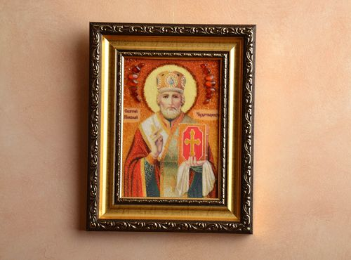 Icon of the Saint Nikolas the Wonderworker decorated with amber - MADEheart.com