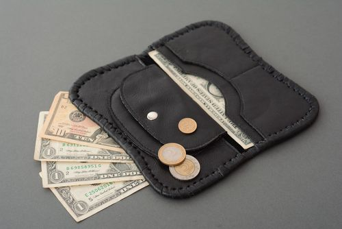 Leather wallet - MADEheart.com