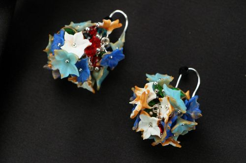Unusual plastic earrings - MADEheart.com