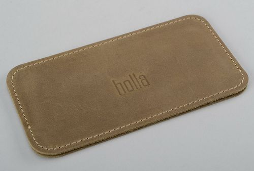 Sleeve for iPhone 4S/5S made of natural leather - MADEheart.com