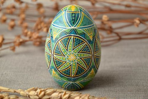 Goose Easter egg painted with hot wax - MADEheart.com