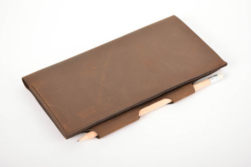 Handmade leather card holder document holder travel case leather goods - MADEheart.com