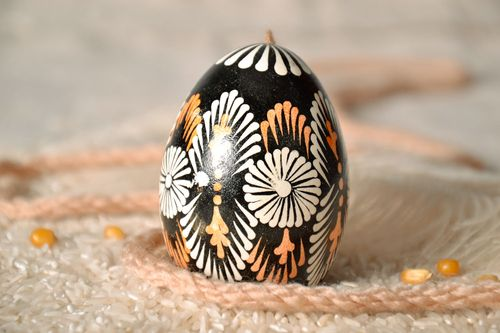 Easter egg with a cord - MADEheart.com
