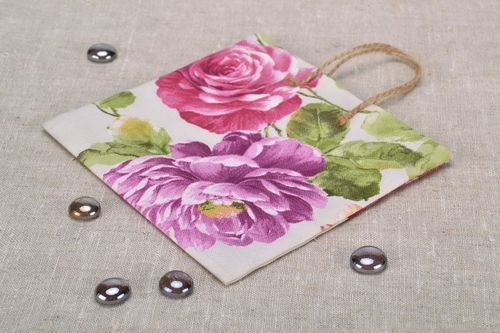 Gift cotton package with floral picture - MADEheart.com