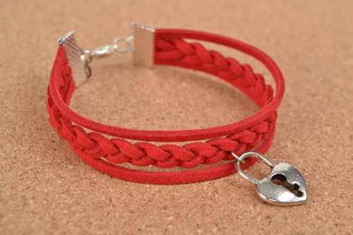 Stylish red handmade woven suede bracelet with metal heart shaped charm - MADEheart.com