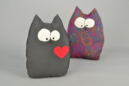 Soft pillow pet Cat - MADEheart.com
