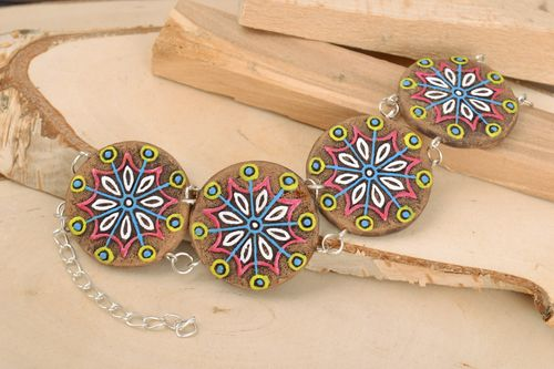Handmade bright ceramic bead wrist bracelet on chain with acrylic painting - MADEheart.com