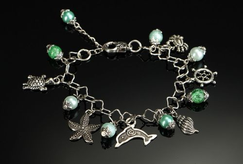 Trendy bracelet for the arm with ceramic pearls - MADEheart.com