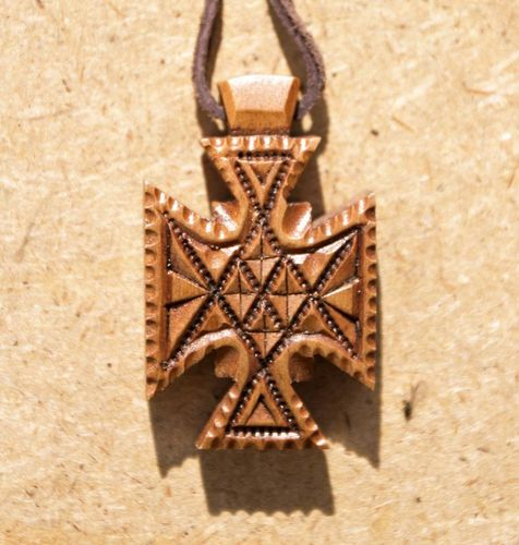 Vedic cross made of pear wood on a leather cord - MADEheart.com