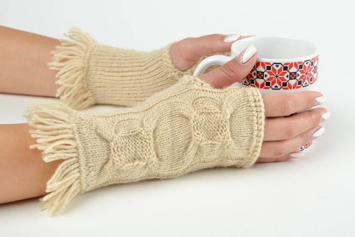 Handmade wool womens mittens winter accessories winter outfit for girls - MADEheart.com