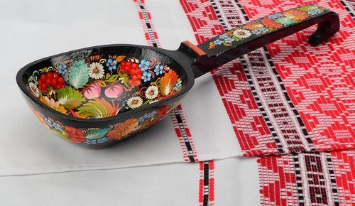 Decorative wooden spoon, hand-painted - MADEheart.com