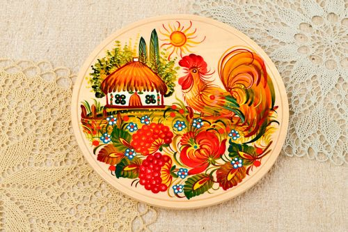 Wooden handmade plate painted beautiful home decor stylish accessories - MADEheart.com