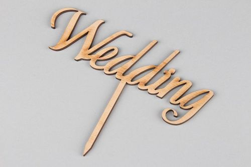 Wooden nameboard Wedding - MADEheart.com