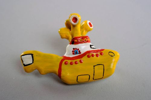 Brooch made ​​of polymer clay Yellow Submarine - MADEheart.com