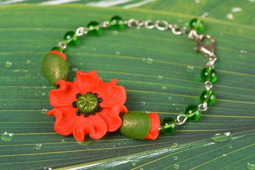 Bracelet made of polymer clay with red poppy on chain exclusive handmade jewelry - MADEheart.com