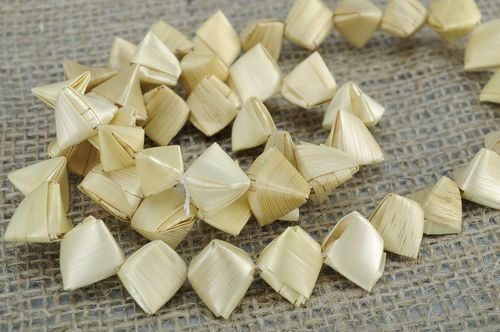 Beads made from steamed straw - MADEheart.com