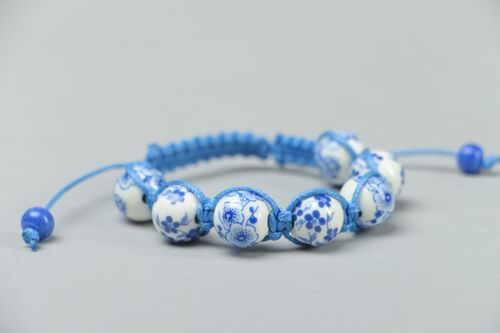 Friendship bracelet with ceramic beads in Gzel style - MADEheart.com