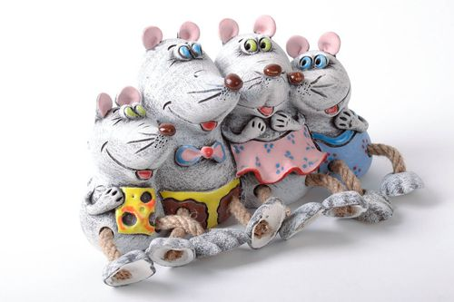 Handmade money box Mice - MADEheart.com