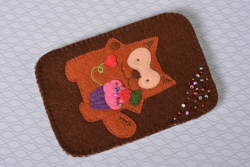 Beautiful handmade felt phone case funny cell phone case handmade accessories - MADEheart.com