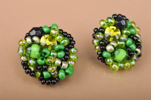 Handmade massive beaded stud earrings in green and black colors for women - MADEheart.com
