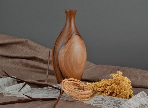 Wooden vase for dry flowers - MADEheart.com