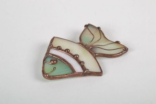 Stained glass brooch Fish - MADEheart.com