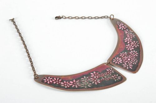 Copper collar made using hot enameling technique - MADEheart.com