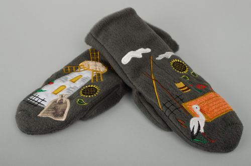 Warm fleece mittens with embroidery - MADEheart.com