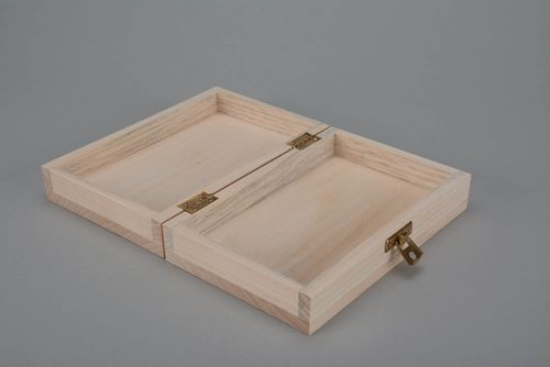 Blank box for decorating - MADEheart.com