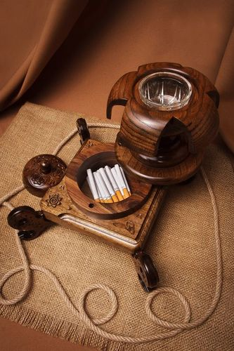 Elegant wooden ashtray - MADEheart.com