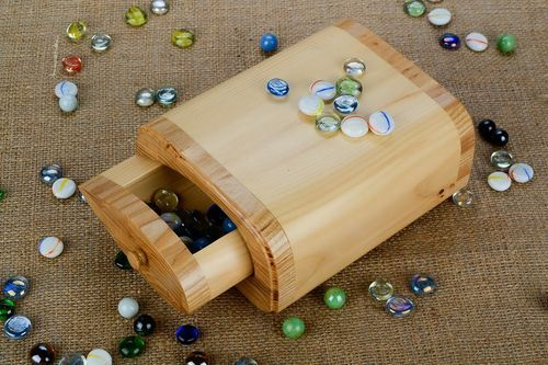 Wooden box - MADEheart.com