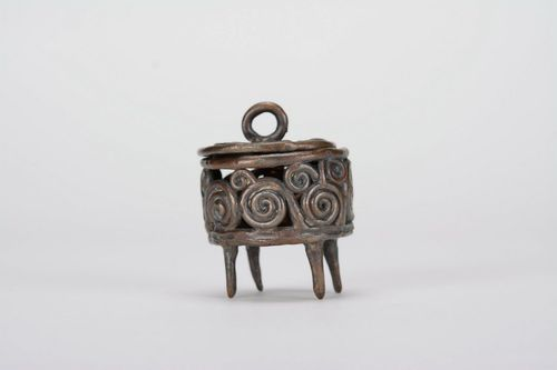 Bronze jewelry box - MADEheart.com