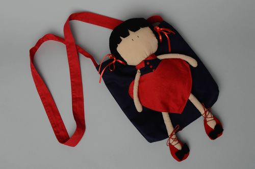 Childrens fabric bag with doll - MADEheart.com