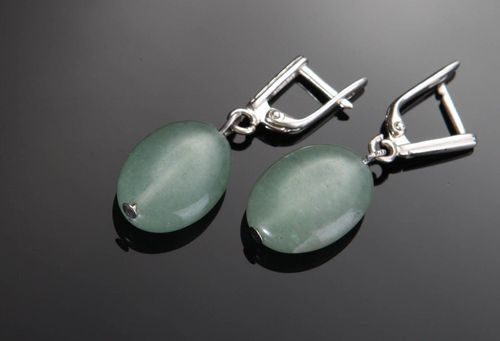 Silver earrings with jade - MADEheart.com