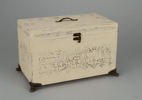 Wooden box, suitcase - MADEheart.com