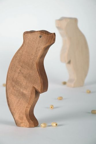 Figurine made from maple wood Grizzly Bear - MADEheart.com