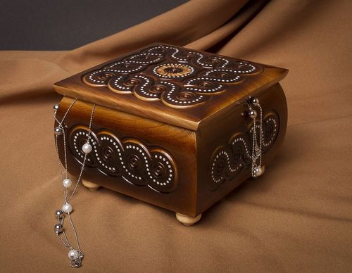 Stylish handmade wooden box jewelry box design room decor ideas gifts for her - MADEheart.com