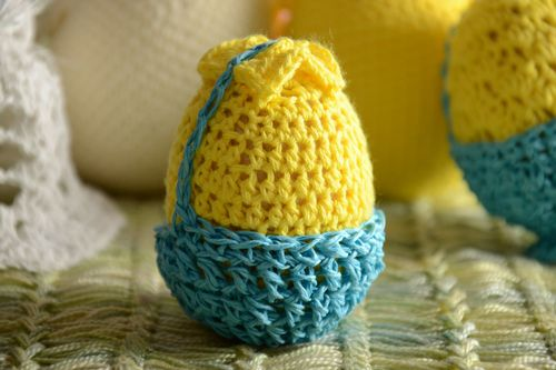 Handmade wooden egg crocheted over with yellow and blue threads Easter decoration - MADEheart.com