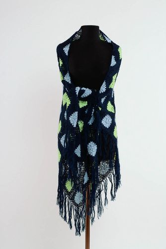 Warm shawl made of wool mixture - MADEheart.com