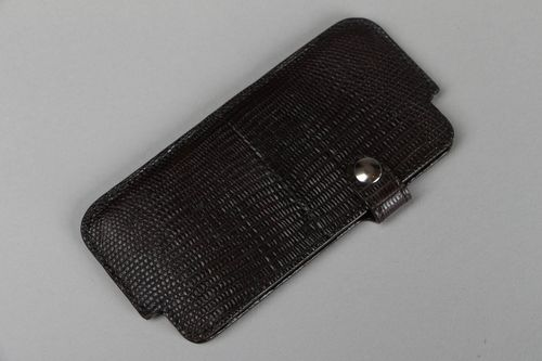 Leather phone case - MADEheart.com
