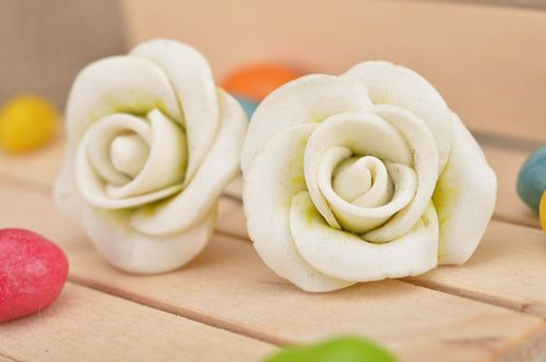 Handmade cute stud earrings made of polymer clay in shape of white roses - MADEheart.com