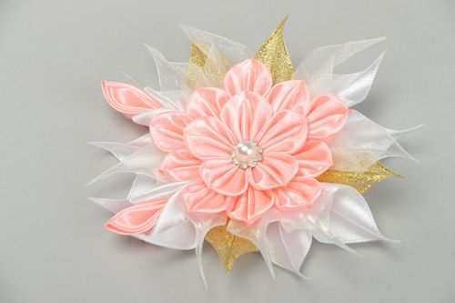 Tender handmade hair clip with satin ribbon kanzashi flower in pink color palette - MADEheart.com