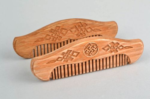 Handmade natural wooden beard comb designer with Slavic ornament - MADEheart.com